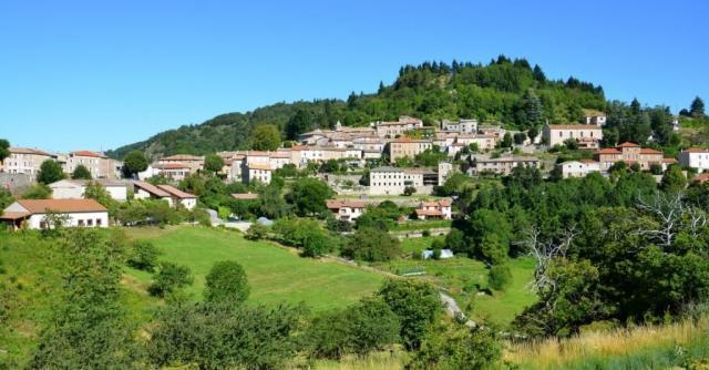 Visite guidée du village de Chalencon