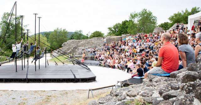 Exposition temporaire : Lever de rideau sur le théâtre antique