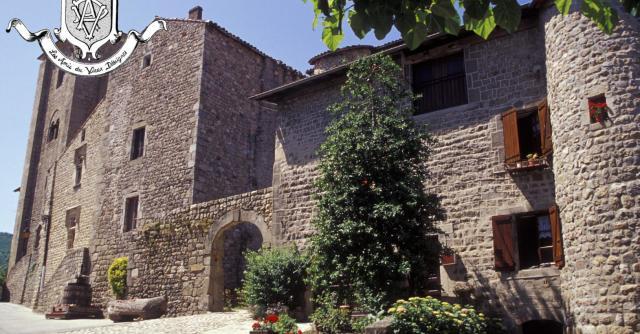Visite guidée du village médiéval de Désaignes