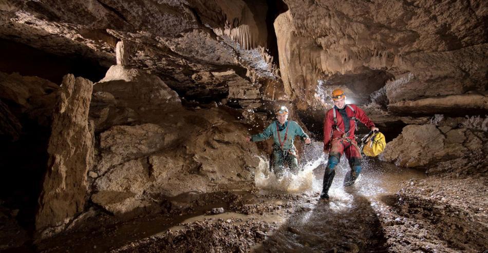 Tourisme en Ardèche :  Le monde souterrain