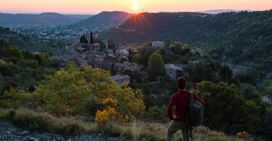 Tourisme en Ardèche : Village de caractère de Naves
