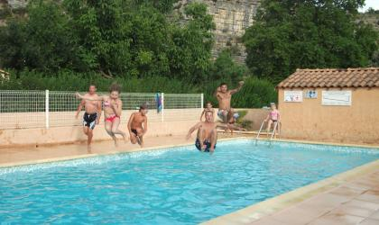 © camping les Oliviers - Piscine