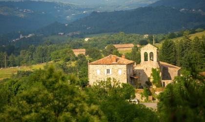 ©S.BUGNON - Saint-Cirgues-de-Prades - L'église romane-3 ©S.BUGNON