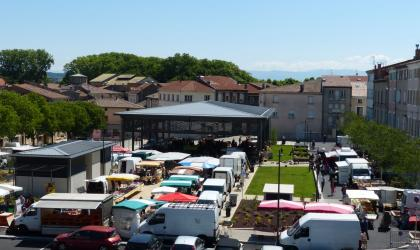 HT Tourisme F.Mottet - Marché place Jean Jaurès