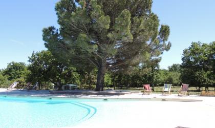 - Grande piscine