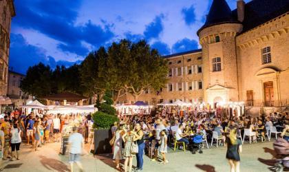 Steph Tripot - Marché nocturne d'Aubenas