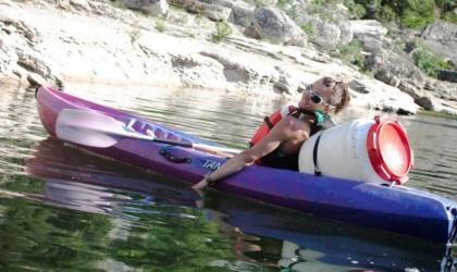 Descente De LArdeche En Canoe Kayak