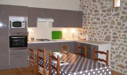 La Fenière 07 - cuisine