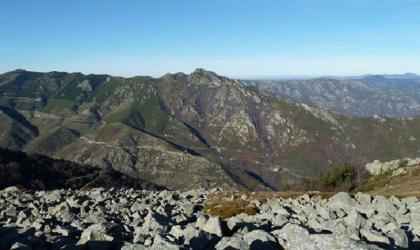 La souche - Mont aigu et mer de clapas ©OTASV - La souche - Mont aigu et mer de clapas