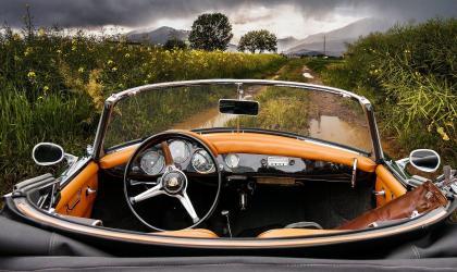 pixabay_Gerhard G. - balade voiture ancienne_gervans