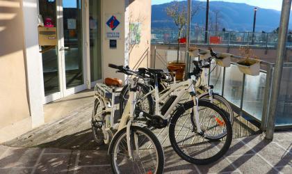 Julie Avias - L'Ardèche Buissonnière - Location vélo à assistance électrique - Privas