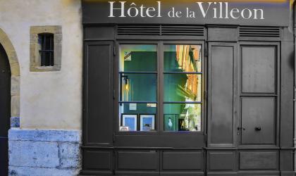 - Visites du patrimoine de l'Hôtel de la Villeon_Tournon sur Rhône