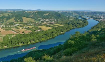 - Vue sur la Vallée du Rhône