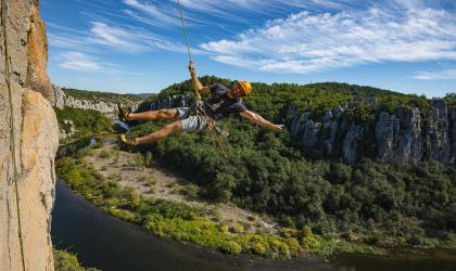Camille Terris - Camille, moniteur escalade et canyoning