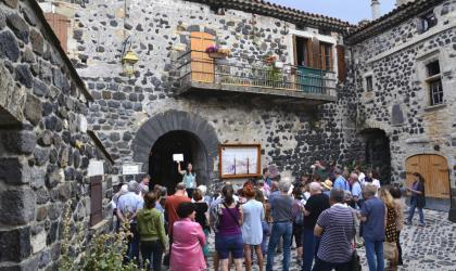 Pays d'art et d'histoire du Vivarais Méridional - Mirabel, place du Crieur