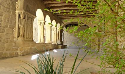 Ardèche Hermitage - Visite les récits du dragon_St Donat