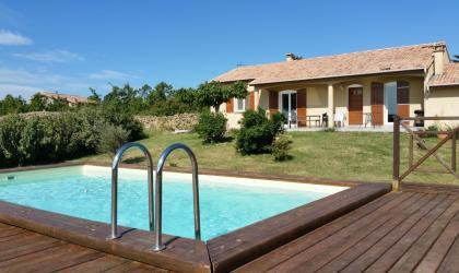 Gîtes de France - Maison de plain pied avec piscine privée