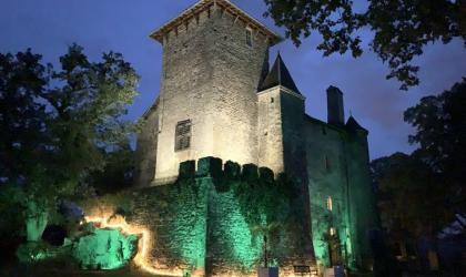 @Château de Charmes - Chateau de Charmes de Nuit