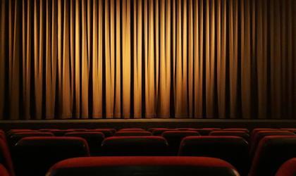 pixabay - théâtre_salle polyvalente_colombier le vieux