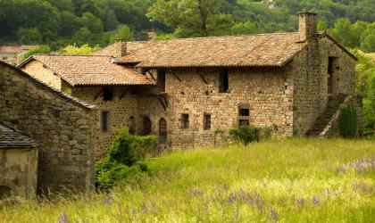 ©S.BUGNON - Montpezat-sous-Bauzon - Prieuré de Clastres ©S.BUGNON