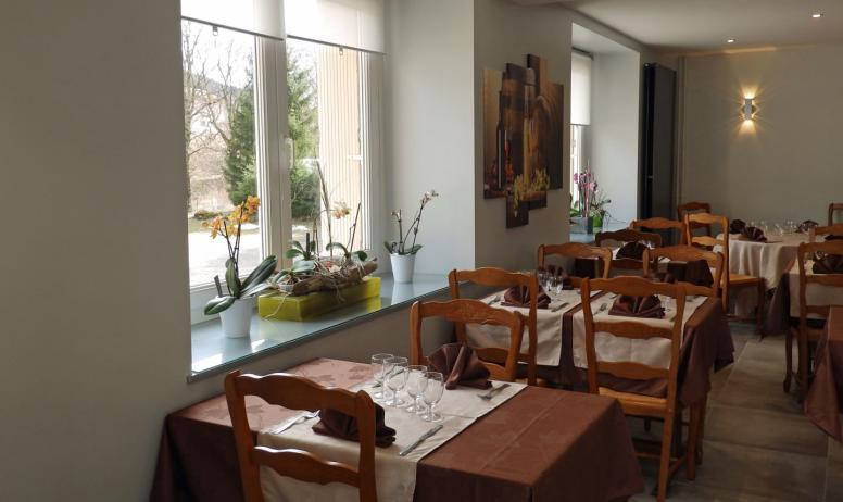 © Restaurant_de_l'hotel_les_cevennes-ADT07