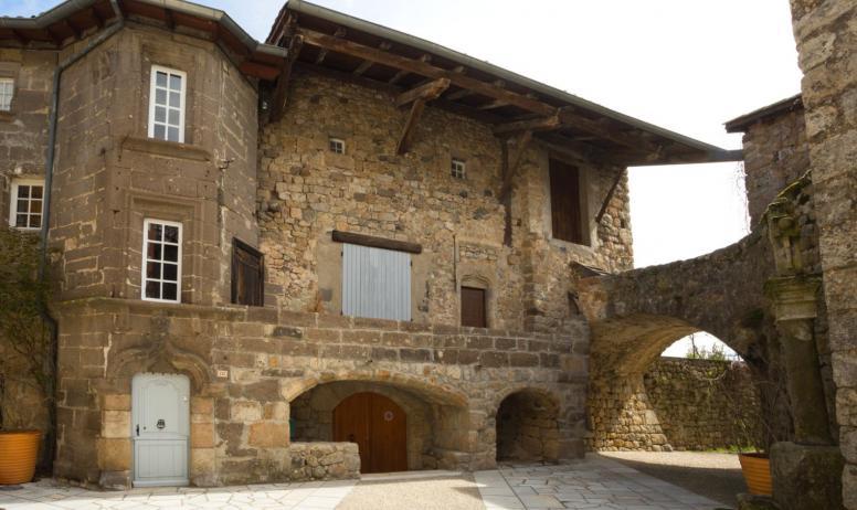 ©S.BUGNON - Montpezat-sous-Bauzon - Château de la Ville Basse-2 ©S.BUGNON