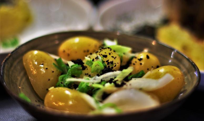 "© Luigi Rubini - Un plat servi au bar-restaurant ""Bistrot St. Anne / Maison Cornu"""