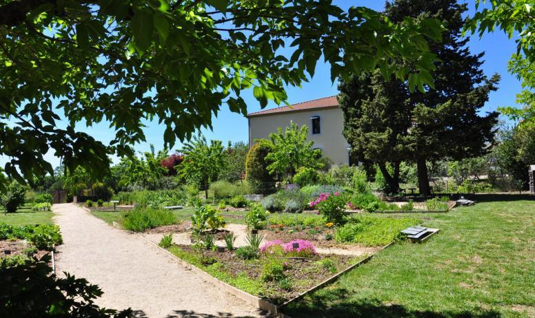 © AL-ADT07 - Les jardins