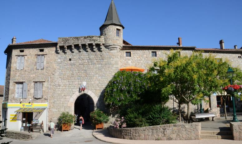 on-visite - Porte du Bourg de l'Homme