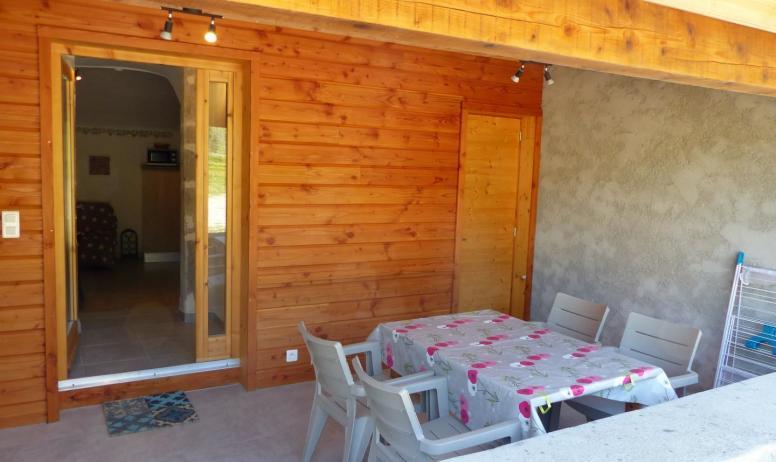 Gîtes de France - Terrasse couverte extérieure