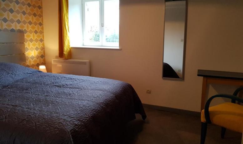 Gîtes de France - Chambre avec lit en 160