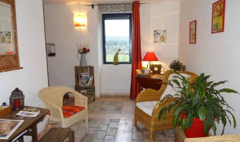 Gîtes de France - Petit salon d'accueil des hôtes