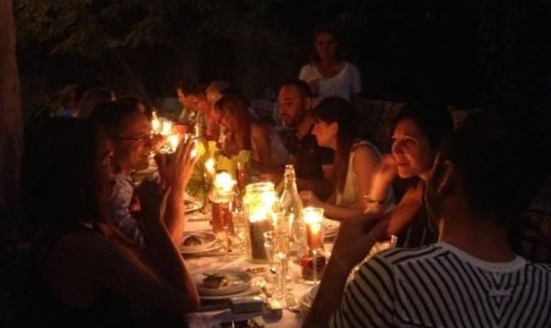 Gîtes de France - Les dîners au Château d'Uzer...