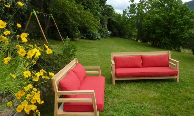 Gîtes de France - les meubles de jardin en acacia, fabriqués par +Gil