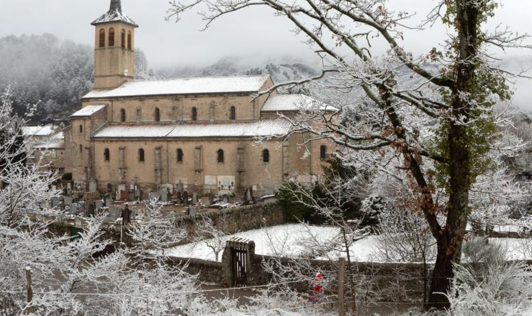 ©S.BUGNON - Jaujac - L'église ©S.BUGNON