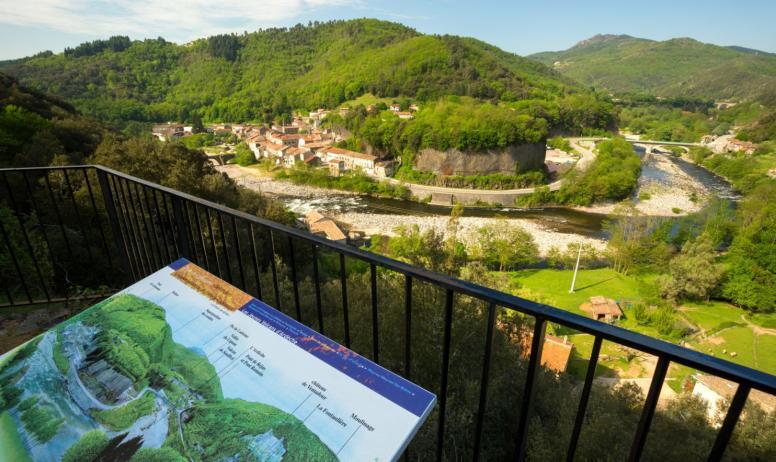 ©S.BUGNON - Pont-de-Labeaume - Belvédère ©S.BUGNON