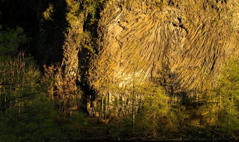 ©S.BUGNON - Pont-de-Labeaume - Coulée basaltique ©S.BUGNON