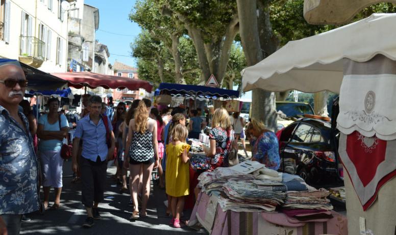 March proven al manifestations commerciales bourg saint - Office de tourisme bourg saint andeol ...