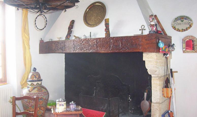 Clévacances - cheminée