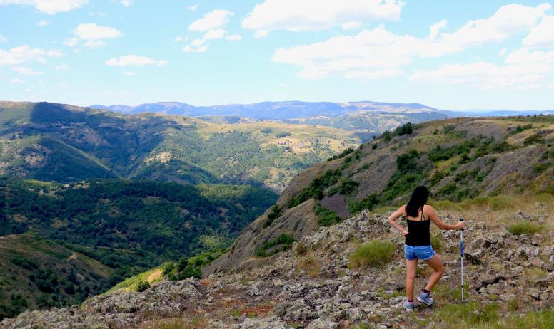 Anne Julie Avias - Randonnée au Volcan des Chirouzes