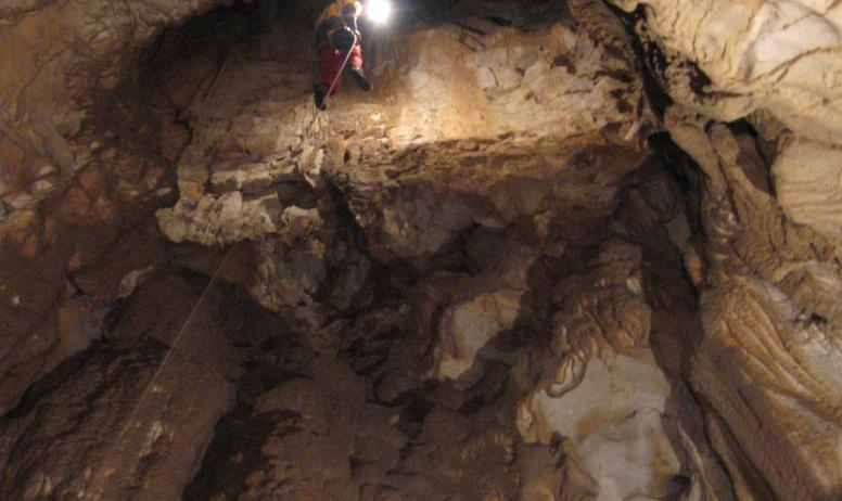 Lionel RIAS - Artisan du Plein Air (canyoning, speleo, escalade) - Lionel RIAS