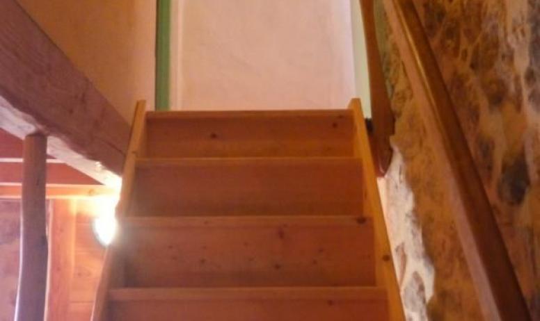 Gîtes de France - vue de l'escalier depuis le bas de la partie Oratoire
