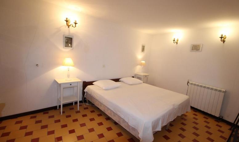 Gîtes de France - Chambre Bignones 2 Lits jumelés 90 x 200 - rdc - accès par la cour.