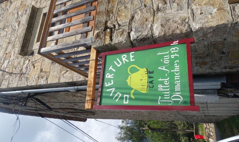 S Moulin - Marché estival Café libre