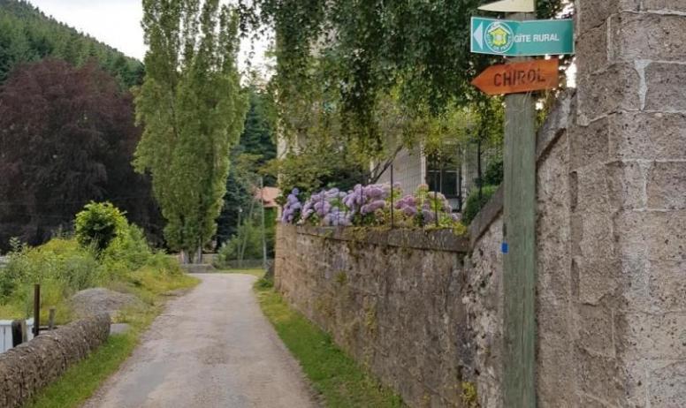 Gîtes de France - Sur la route de Chirol
