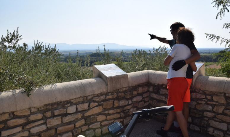 Vision du Monde - La ViaRhôna de Vienne en Avignon - Provence