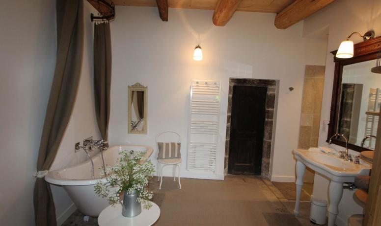 Gîtes de France - la salle de bain Victoire