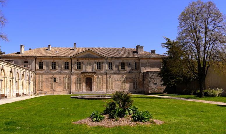 OTI DRAGA - palais épiscopal