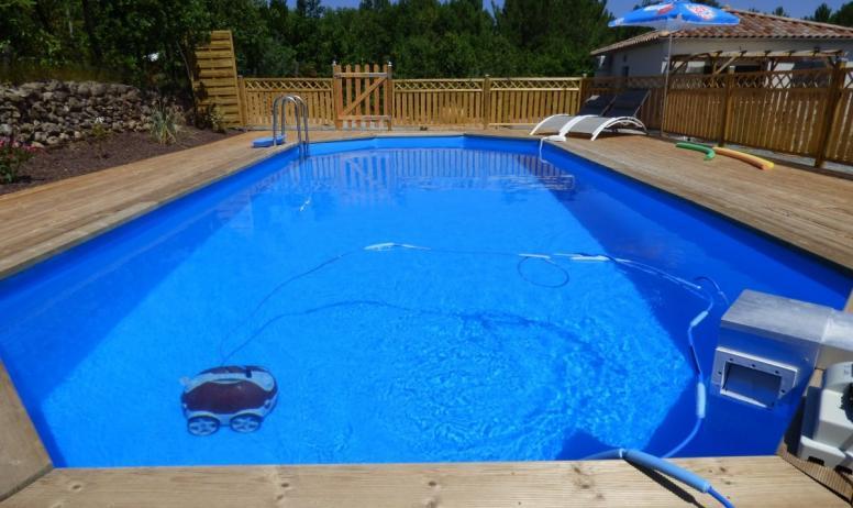 Clévacances - piscine 9x4m