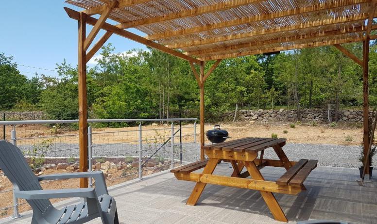 Clévacances - terrasse de 25m² orientée sud-ouest